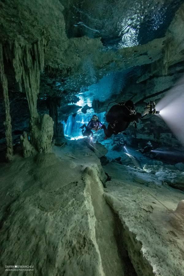 Dos Ojos и Bat Cave